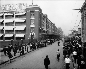 4pm shift change at Ford Motor company  - 1910s